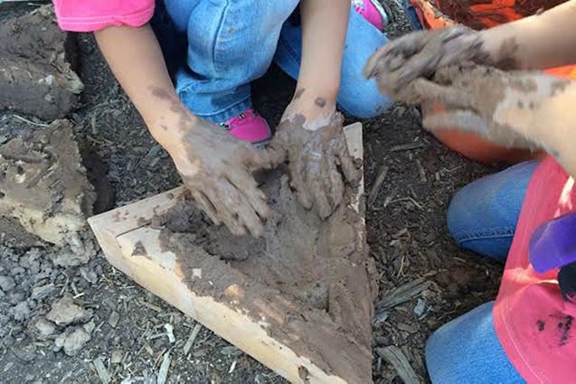 Making a triangular adobe block